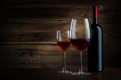 Photo of יין אדום חצי יבש