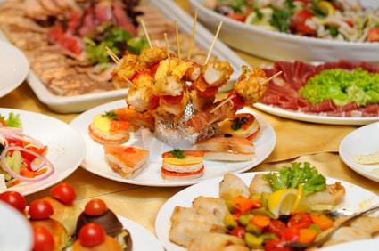 Photo of מגשי אירוח סושי