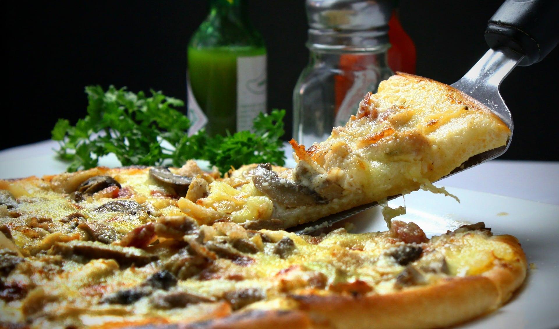 Photo of מתי מזמינים הביתה פיצה בשוהם?