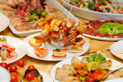 Photo of מה היתרונות של מגשי אירוח לאירועים קטנים?